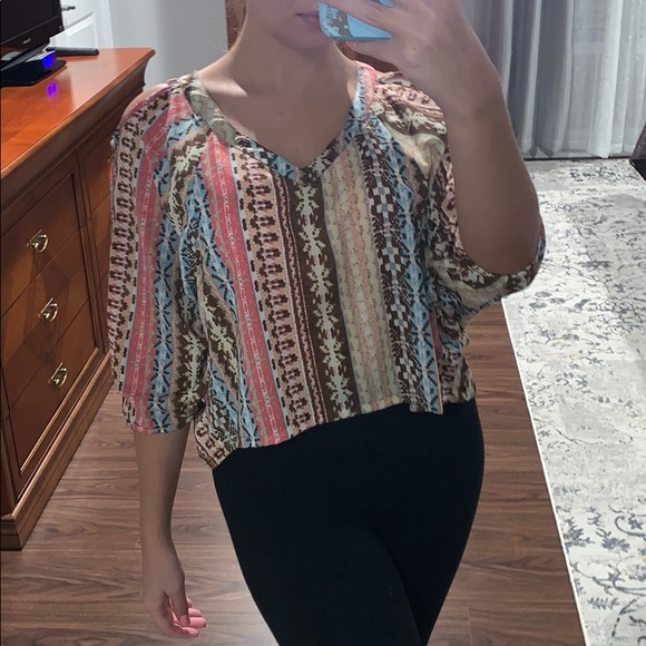 Perfect top for fall!!